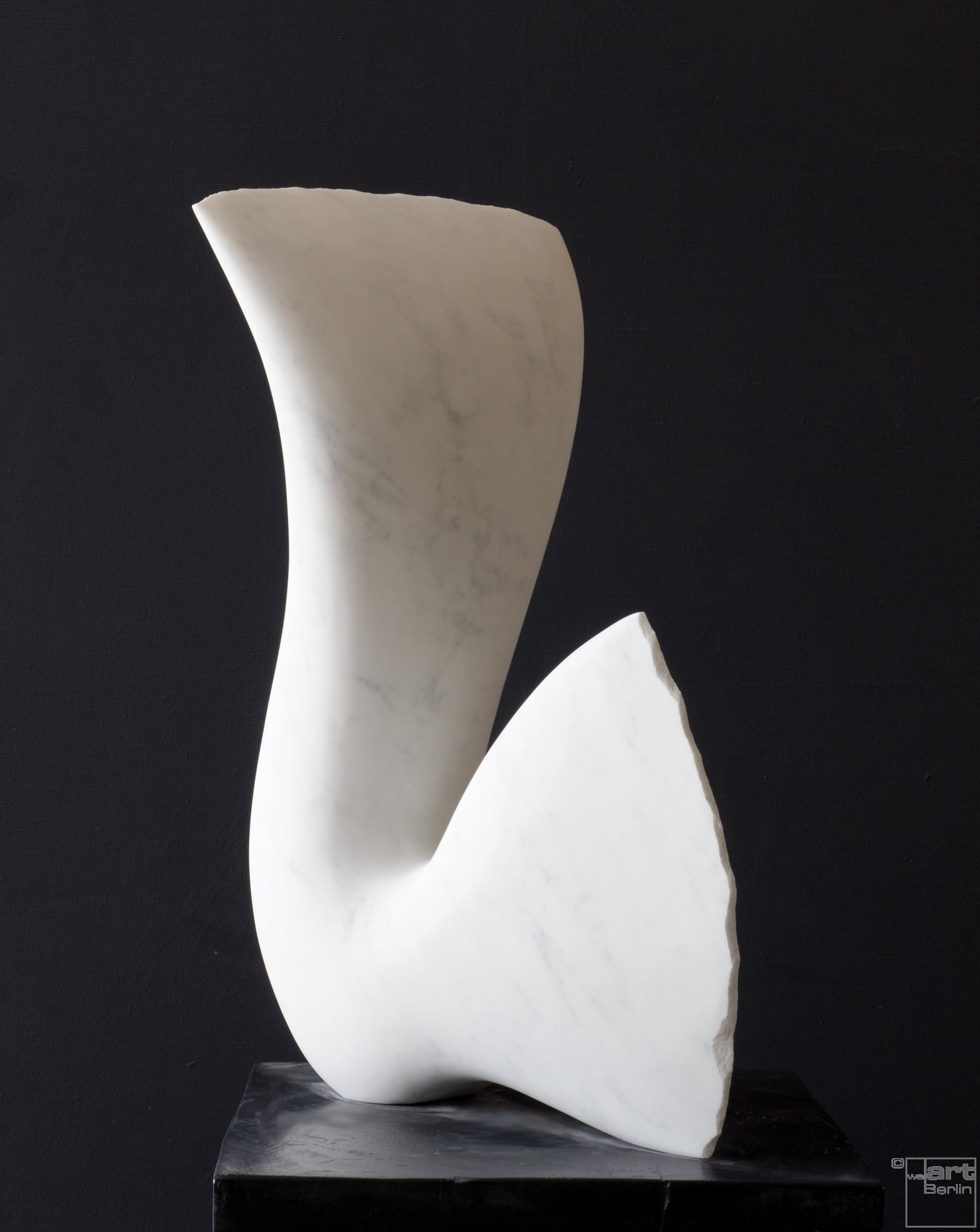 Leda, Stein Skulptur aus Marmor von Bildhauer Klaus W. Rieck