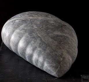 Core, aus Marmor, Stein Skulptur von Bildhauer Klaus W. Rieck