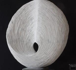 Circleloop, Stein Skulptur aus Marmor von Bildhauer Klaus W. Rieck