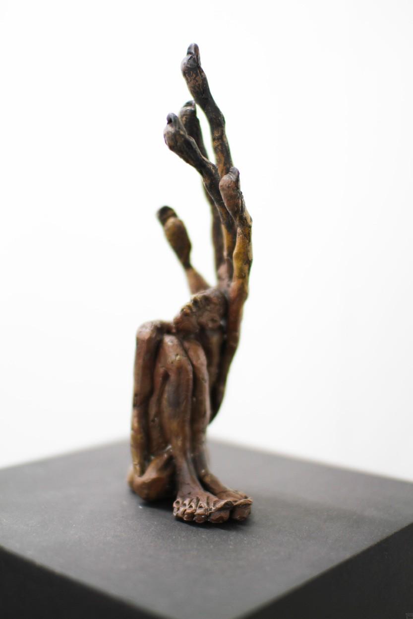 Linke - Bronze Plastik - Skulptur von links - Tim David Trillsam Bildhauer Künstler