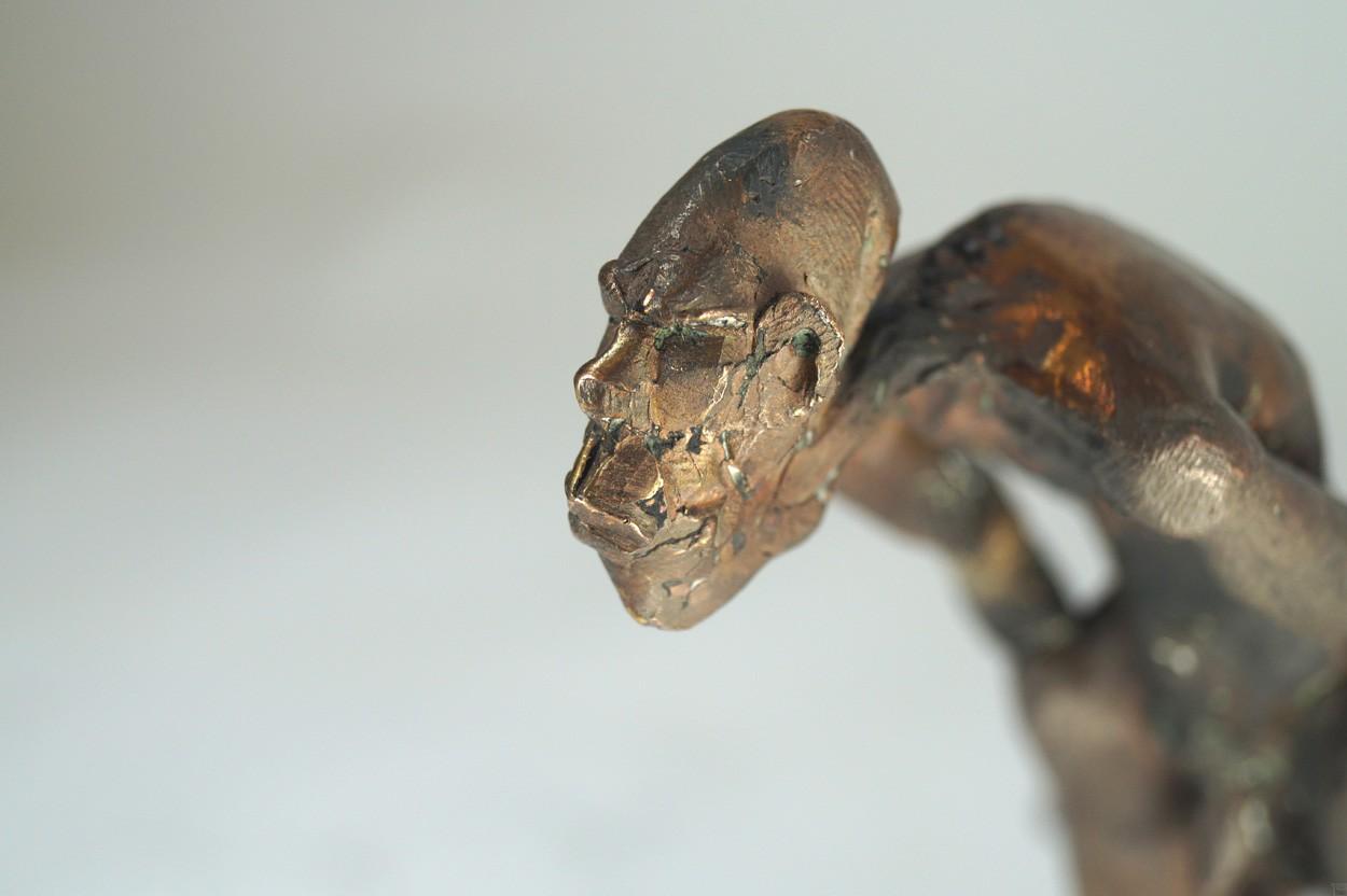 Unschuld - Detail Kopf, Bronze Plastik, Skulptur von Tim David Trillsam