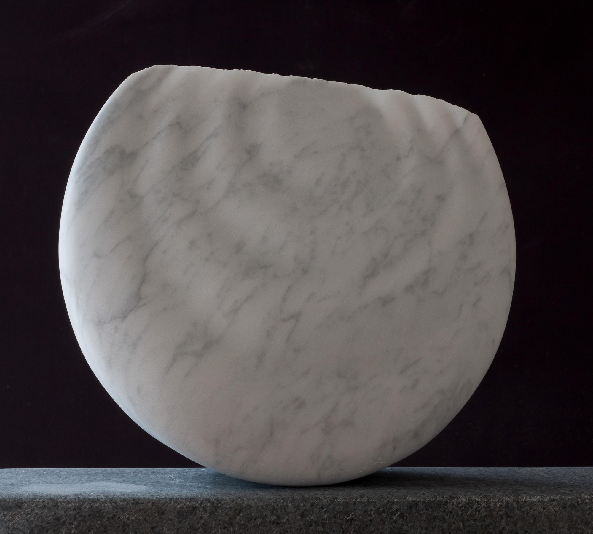 Monde, von rechts, Marmor, Stein Skulptur von Bildhauer Klaus W. Rieck