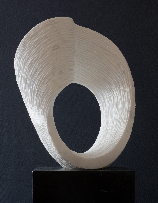 Ordinario, Marmor, Stein Skulptur von Bildhauer Klaus W. Rieck
