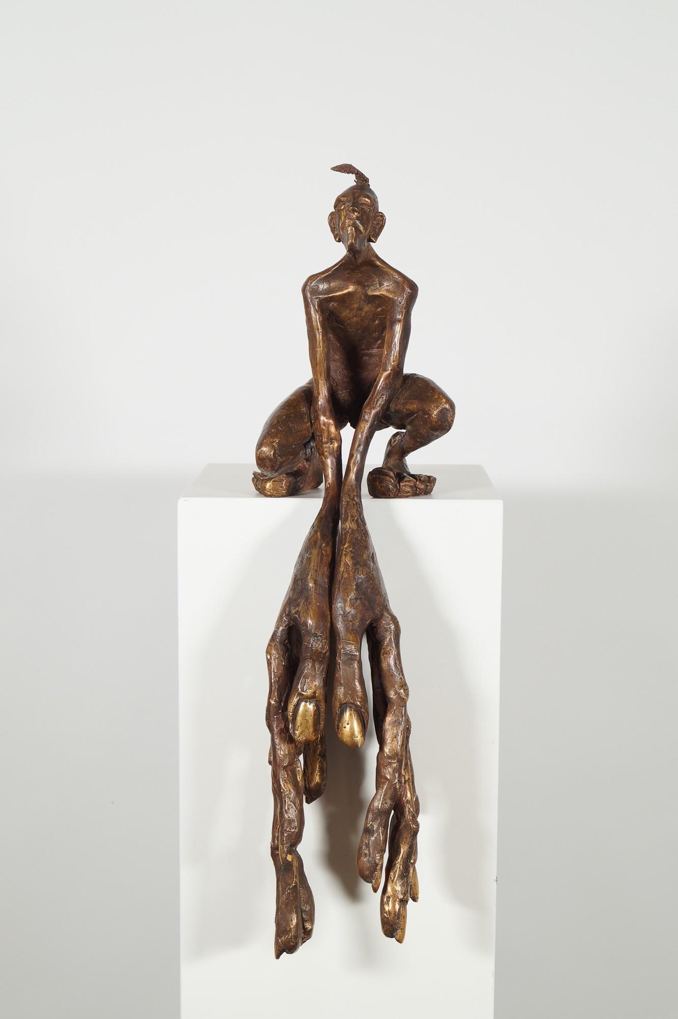 Der Kantenhocker - Bronze Plastik, Skulptur von Tim David Trillsam, Edition