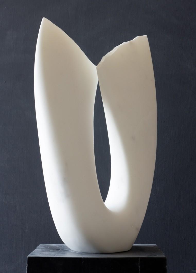 Flower, Stein Skulptur aus Marmor von Bildhauer Klaus W. Rieck
