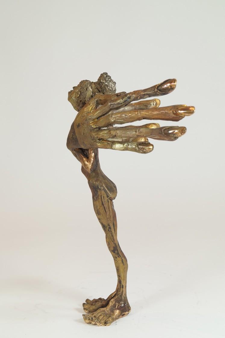Fräulein - Bronze Plastik - Skulptur von rechts - Tim David Trillsam Bildhauer Künstler
