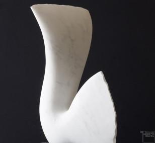 Leda, Stone sculpture, Marble by sculptor Klaus W. Rieck